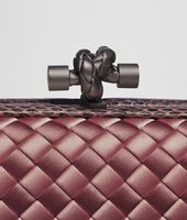 KNOT CLUTCH IN APPIA INTRECCIO IMPERO WITH AYERS DETAILS
