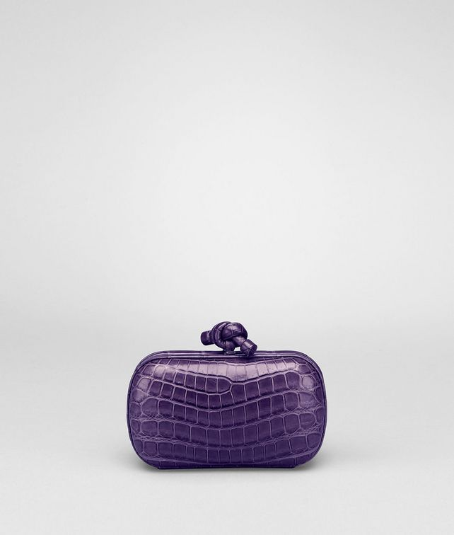 KNOT CLUTCH IN PLUM CROCODILE