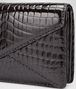 BOTTEGA VENETA Nero Shiny Crocodile Clutch Clutch D ep