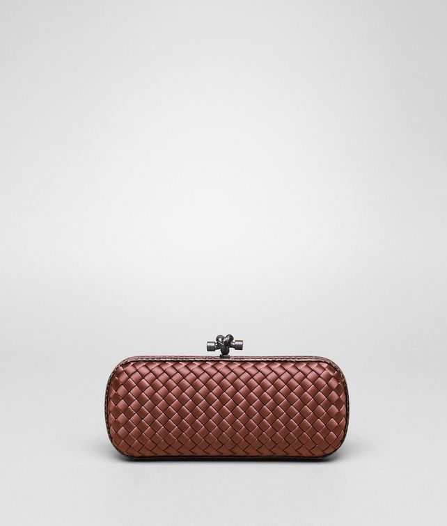 STRETCH KNOT CLUTCH AUS INTRECCIO IMPERO IN APPIA MIT AYERS-DETAILS