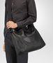 BOTTEGA VENETA MESSENGER BAG IN NERO INTRECCIOMIRAGE Messenger Bag U lp
