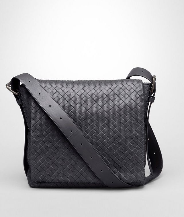 Cross Body Messenger aus leichtem Kalbsleder Intrecciato Ardoise