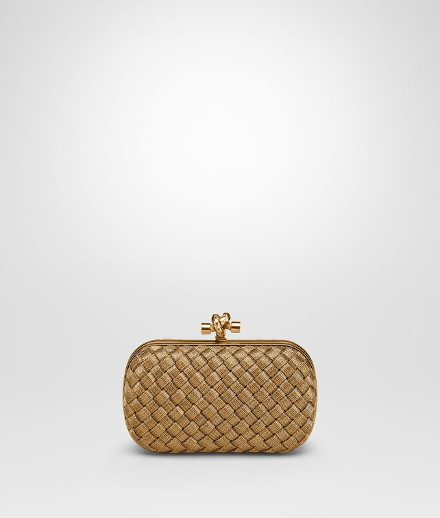 BOTTEGA VENETA KNOT CLUTCH IN ORO BRUCIATO INTRECCIO Clutch D fp