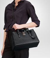 Nero Intrecciato Light Calf Roma Bag