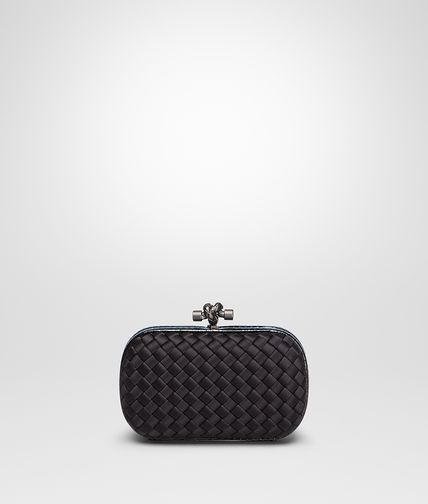 KNOT CLUTCH IN NERO INTRECCIO IMPERO WITH AYERS DETAILS