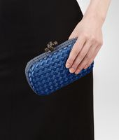 KNOT CLUTCH IN ELECTRIQUE INTRECCIO IMPERO, AYERS DETAILS