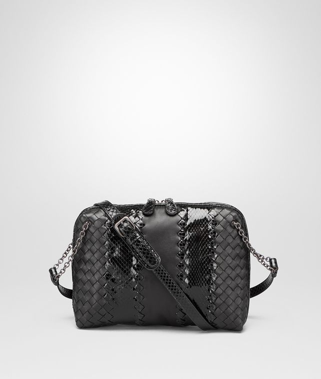 BOTTEGA VENETA MESSENGER BAG IN NERO NAPPA AND AYERS Crossbody bag D fp