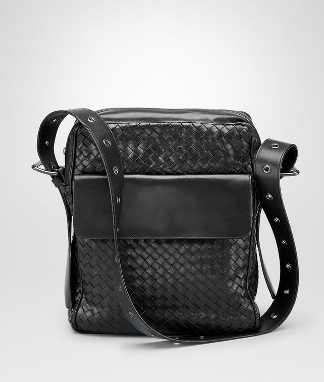 Nero Intrecciato Vn Cross Body Messenger