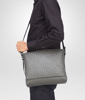 Borsa messenger NEW LIGHT GREY IN LIGHT CALF INTRECCIATO