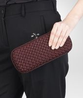 STRETCH KNOT CLUTCH IN AUBERGINE INTRECCIO FAILLE MOIRE