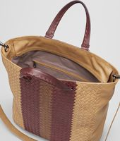 SHOPPER AUS CLUB FUMÉ INTRECCIATO NEW BRONZE, AUBERGINE UND EDOARDO