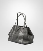 MITTLERE TOTE BAG  AUS NAPPA UND AYERS IN NEW LIGHT GREY