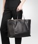 BOTTEGA VENETA TOTE BAG IN NERO NAPPA, AYERS DETAILS Tote Bag D ap