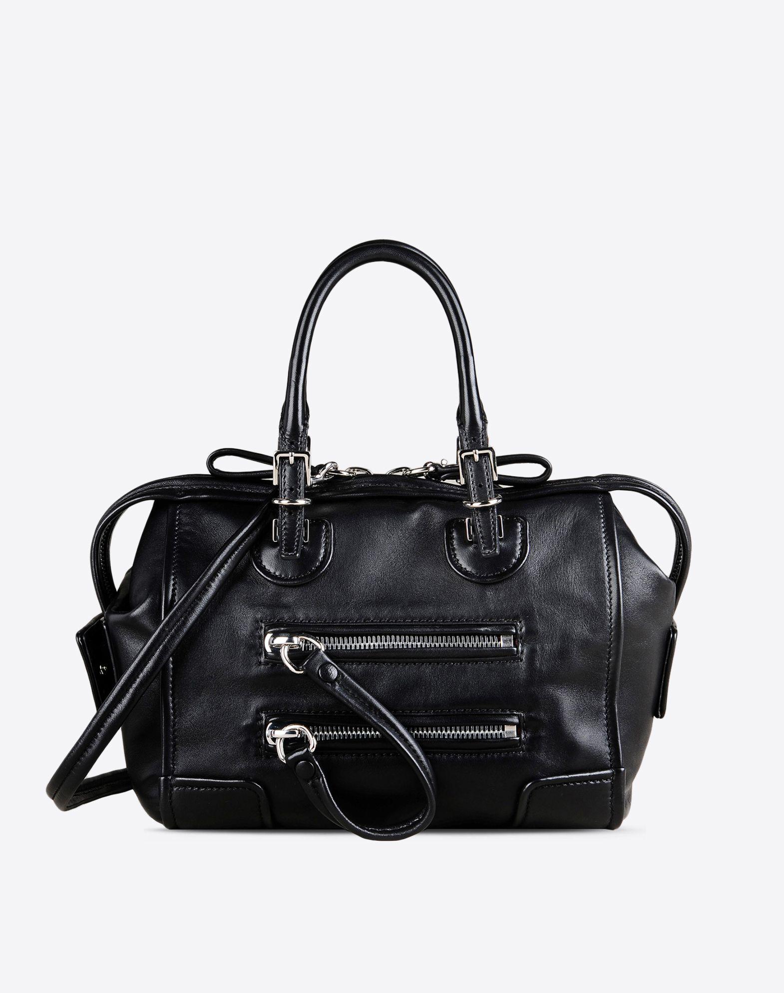 petit sac de voyage en nappa sacs a anse double femme valentino garavani boutique en ligne. Black Bedroom Furniture Sets. Home Design Ideas