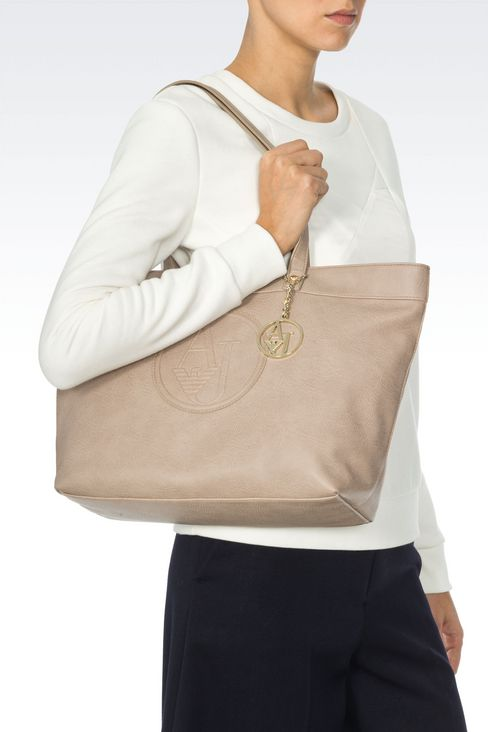 SHOPPING BAG IN FAUX LEATHER WITH CHARM: Shoppers Women by Armani - 2