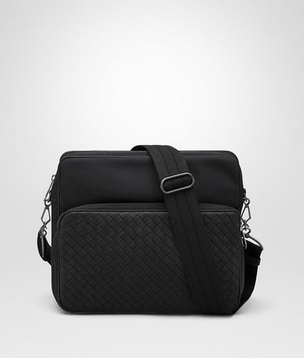 MESSENGER BAG IN NERO TECHNICAL CANVAS AND INTRECCIATO CALF