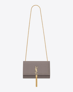 Classic Medium KATE MONOGRAM SAINT LAURENT Tassel Satchel grigio nebbia in pelle