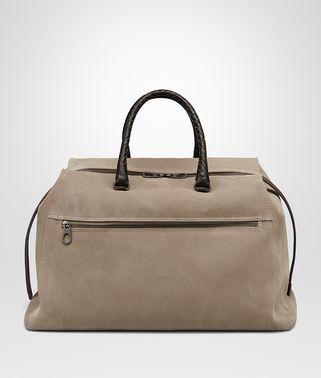 烟灰色麂皮旅行包,饰深咖啡色鳄鱼皮细节
