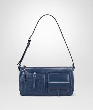 SHOULDER BAG IN PACIFIC CALF, INTRECCIATO DETAILS