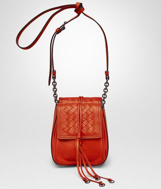 SHOULDER BAG IN VESUVIO NAPPA LEATHER, INTRECCIATO DETAILS