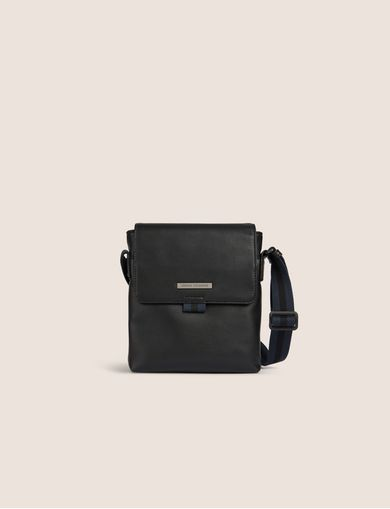 아르마니 익스체인지 Armani Exchange CLEAN FRONT LOGO PLATE CROSSBODY,Black