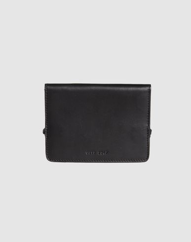 COMMON PROJECTS - Document holder