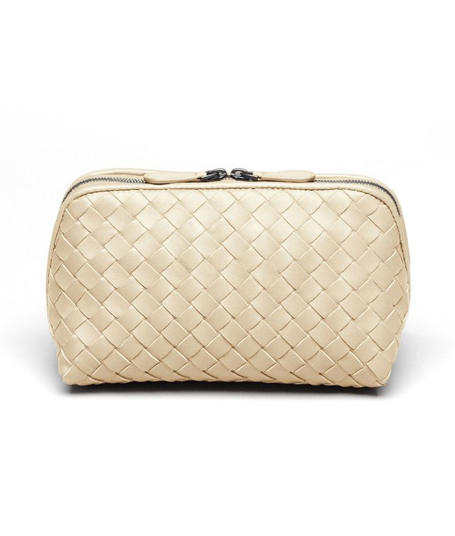 BOTTEGA VENETA MEDIUM COSMETIC CASE IN ANTIQUE INTRECCIATO NAPPA Other Leather Accessory D fp