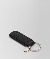 KEY RING IN NERO INTRECCIATO NAPPA