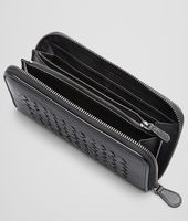 ZIP AROUND WALLET IN NERO CALF AND CROCODILE, INTRECCIATO DETAILS