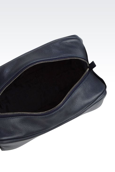 CALFSKIN BEAUTY CASE WITH LOGO: Beauty cases Men by Armani - 3