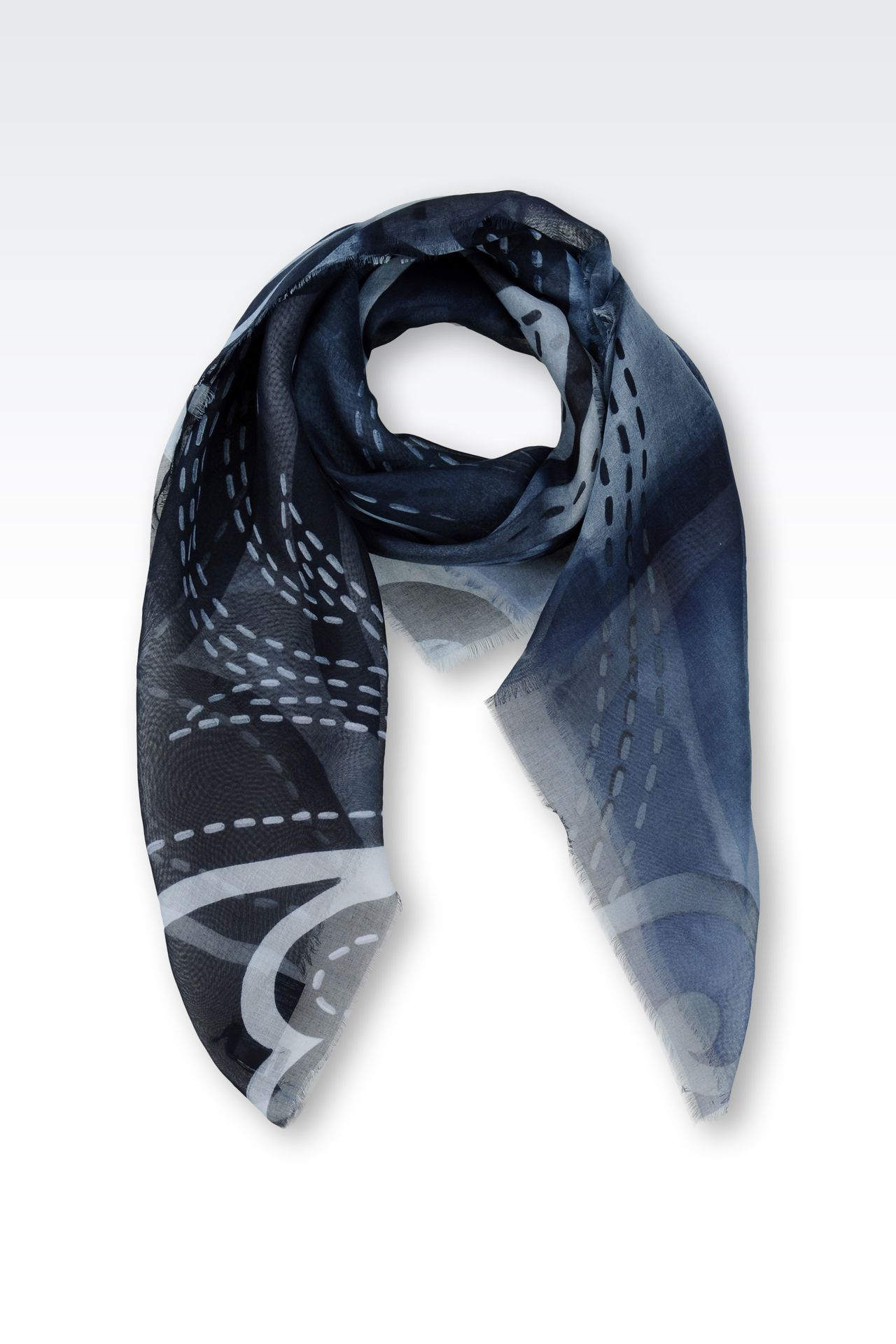 MODEL AND SILK SCARF WITH ABSTRACT PATTERN: Foulards Men by Armani - 0