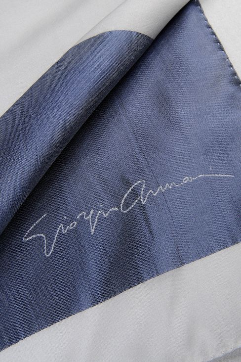 SILK WRAP WITH SIGNATURE LOGO: Stoles Women by Armani - 3