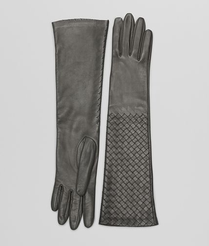 Medium Grey Intrecciato Nappa Gloves