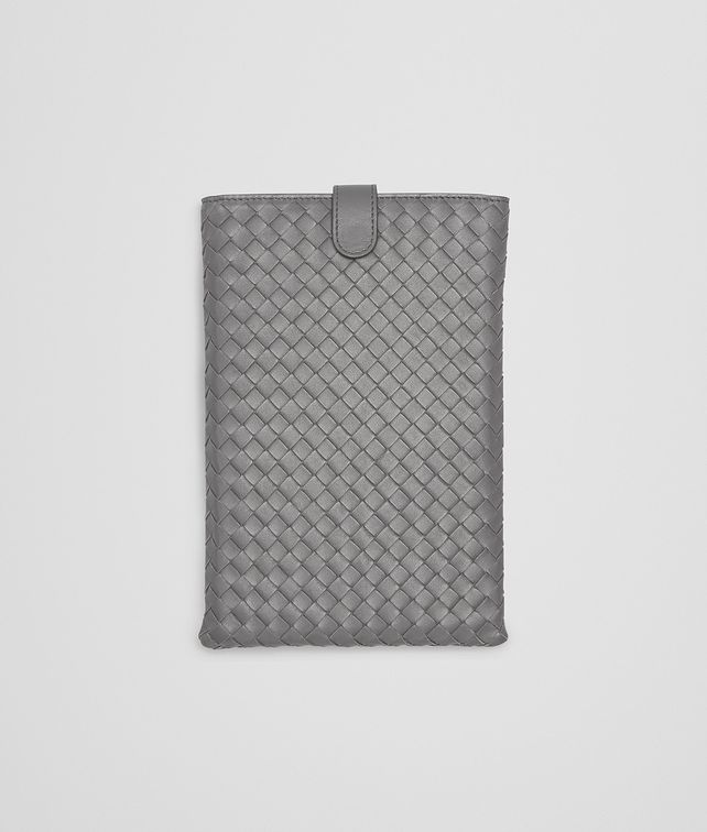 BOTTEGA VENETA IPAD MINI HÜLLE AUS NAPPALEDER INTRECCIATO NEW LIGHT GREY Weiteres Leder Accessoire E fp