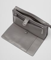 MULTI-FUNCTIONAL CASE IN NEW LIGHT GREY CALF, INTRECCIATO DETAILS