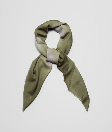 SCARF IN FLANNEL DARK GREEN WOOL