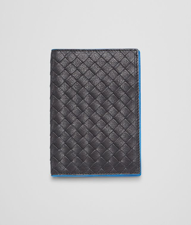 Nero Signal Blue Intrecciato Washed Vintage Passport Case