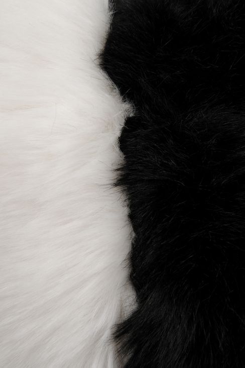 CUFFS IN TWO-COLOUR FAUX FUR: Cuffs Women by Armani - 3