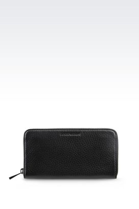 Armani Wallets Men zip around wallet in grained calfskin