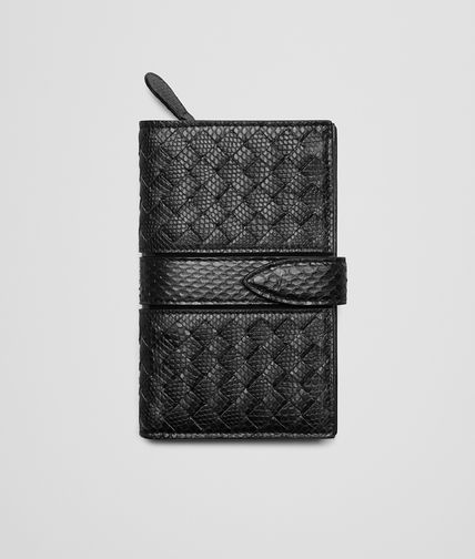 CONTINENTAL WALLET IN NERO INTRECCIATO KARUNG AND AYERS