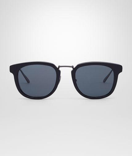 SUNGLASSES IN BURNISHED TITANIUM ACETATE WITH SMOKE POLAR LENS