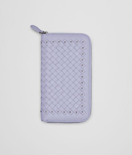 ZIP AROUND WALLET IN OYSTER INTRECCIATO LAMBSKIN, METAL STUDS