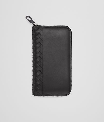 ZIP-AROUND WALLET IN NERO CALF WITH INTRECCIATO DETAILS