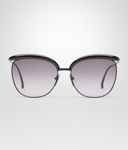 SUNGLASSES IN BLACK ACETATE WITH GRADIENT GREY LENS