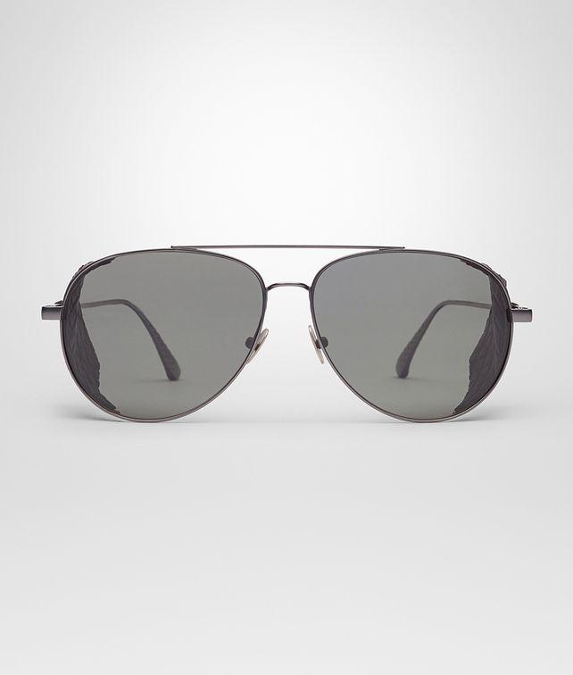 灰色偏光镜片抛光钛金属太阳眼镜