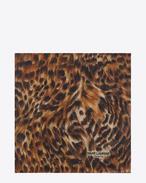 Sciarpa quadrata ANIMALIER large color cammello e nera in cachemire e étamine di seta a stampa Leopard