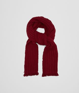 SCARF IN AMARANTH CASHMERE