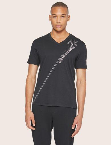 아르마니 익스체인지 Armani Exchange METALLIC DIAGONAL LOGO V-NECK,Black