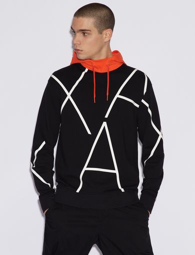 SWEATSHIRT WITH CONTRASTING HOOD