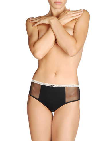 LA PERLA STUDIO - Brief